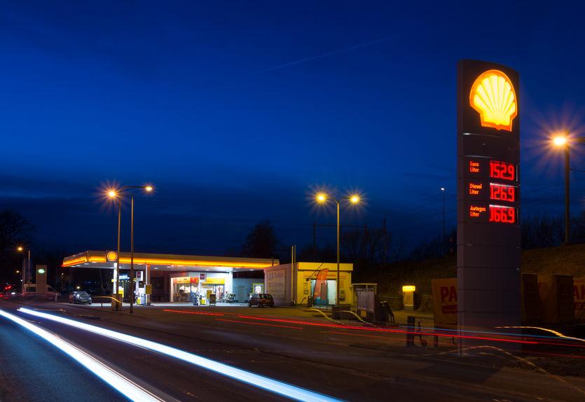 når er bensin billigst